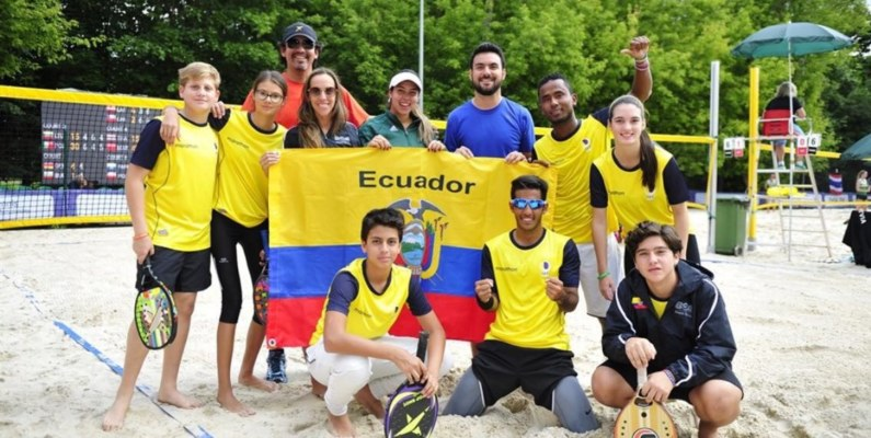 Ecuador se destaca en el mundial de Beach Tennis