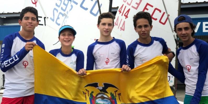 Veleristas ecuatorianos en el Mundial de Optimist en Tailandia
