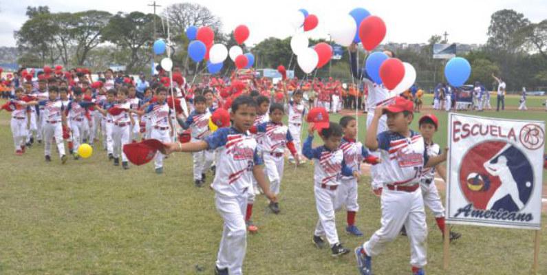 Se inauguró el torneo oficial de la Liga Miraflores versión 2017