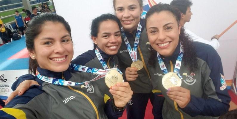 """El karate ecuatoriano se dio un """"baño de oro"""" en los Juegos Bolivarianos"""