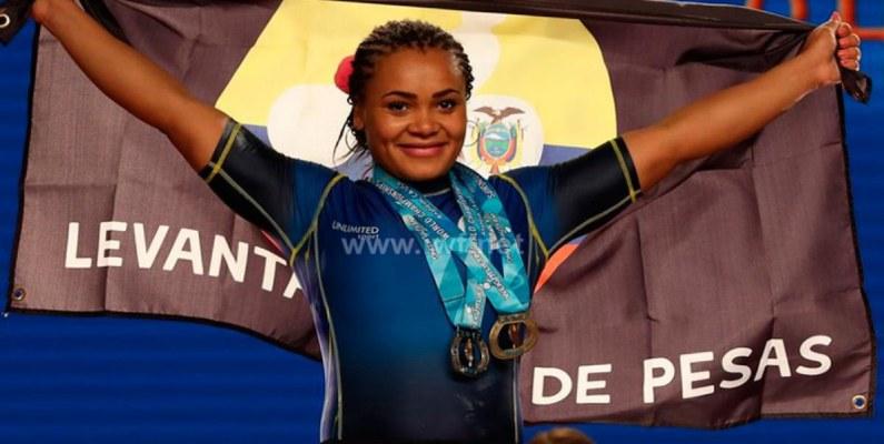 Neisi Dajomes alcanzó tres medallas en el Campeonato Mundial Senior de Levantamiento de Pesas